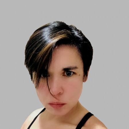 Sasha De la Baule